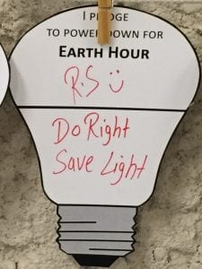 "Earth Hour pledge shaped like a lightbulb. It says ""R.S. Do Right Save light"""